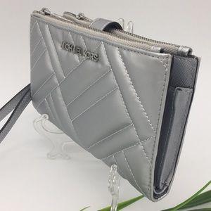 Michael Kors Peyton Silver LG Double Zip Wristlet